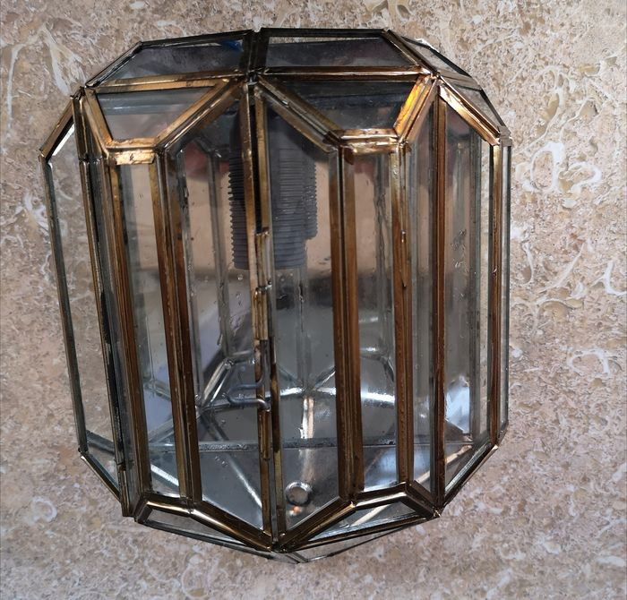 Lamp or light fixture