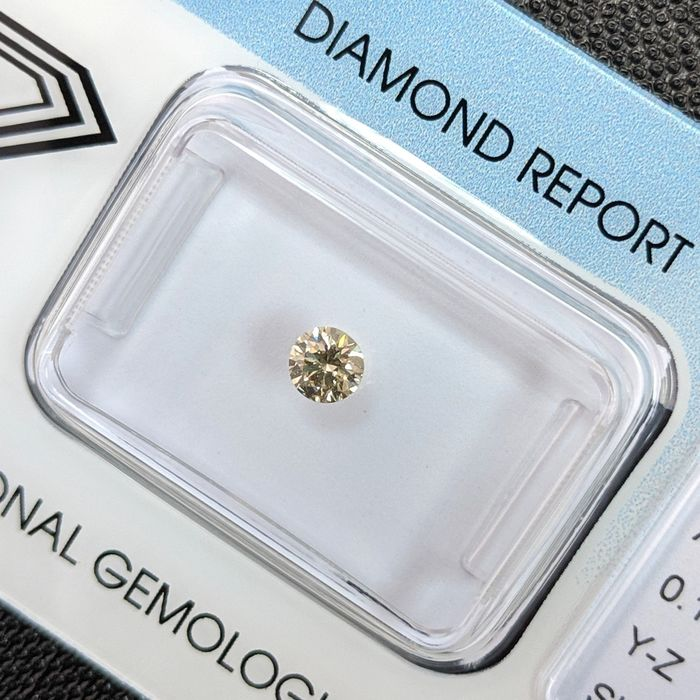 Diamond - 0.19 ct - Brilliant - Greyish Yellow - SI1, IGI Antwerp - No Reserve Price