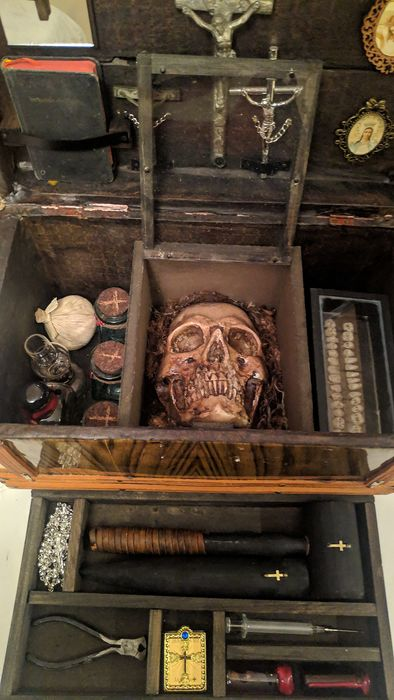 ericelgan - Kit caza vampiros - Vampire Hunt kit (1) - Victorian - Wood, crital, paper, metal, etc.