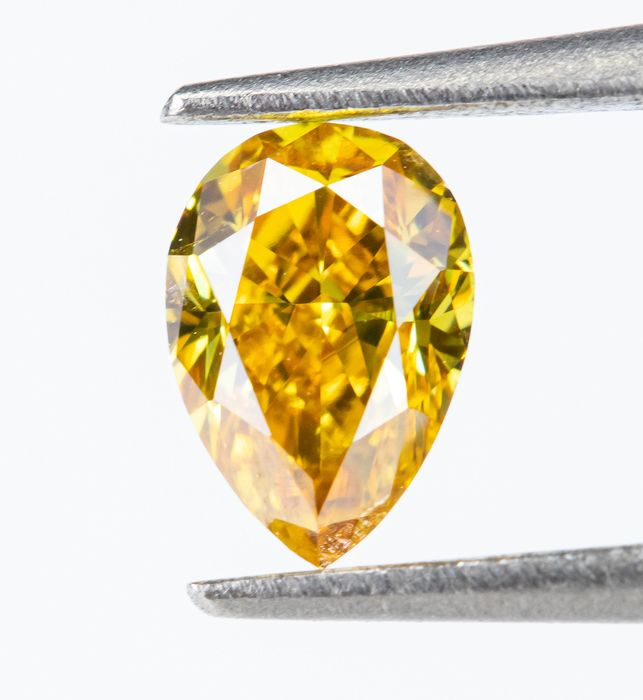 Diamante - 0.26 ct - Natural Fancy INTENSE Orangy Yellow - SI1  *NO RESERVE*