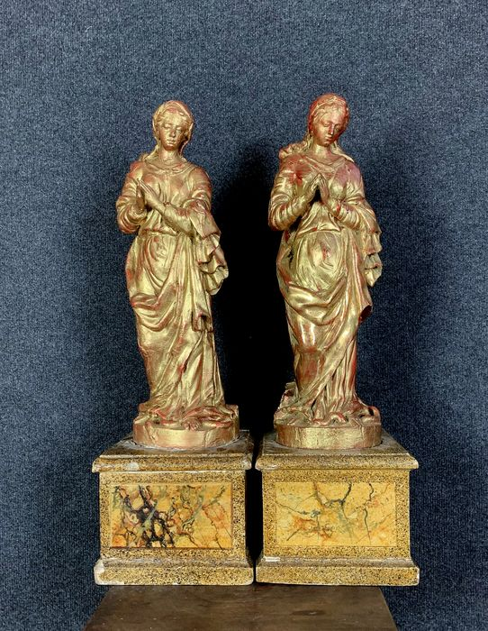 Rare pair of large golden wood statues - Gilt, Wood - mid 18th century