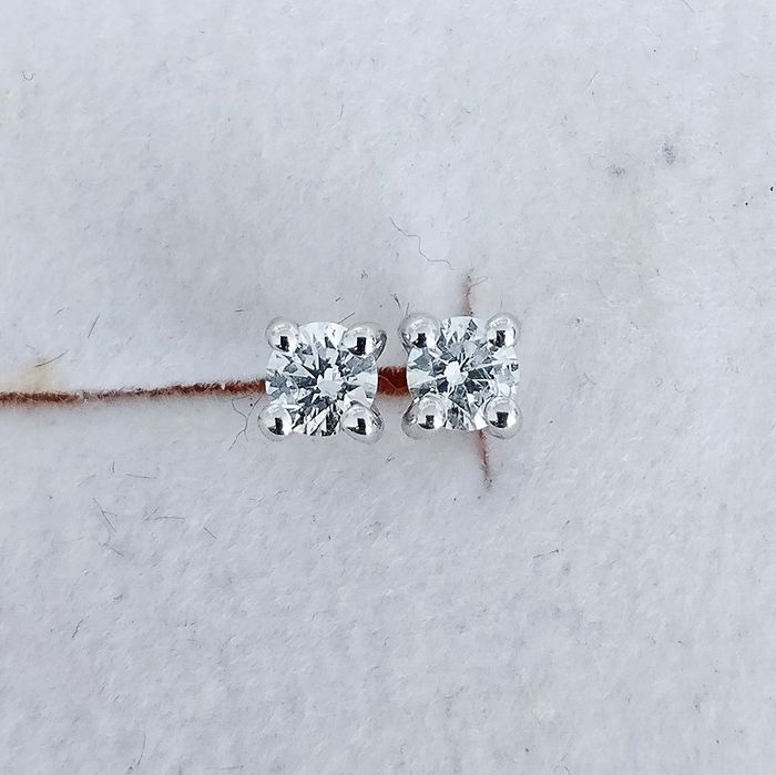 18 kt. White gold - Earrings - 0.16 ct Diamond