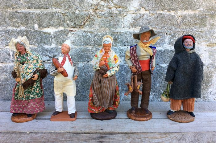 'LES SANTON 'S ' de Provence - hand-made Christmas figurines (5) - Clay