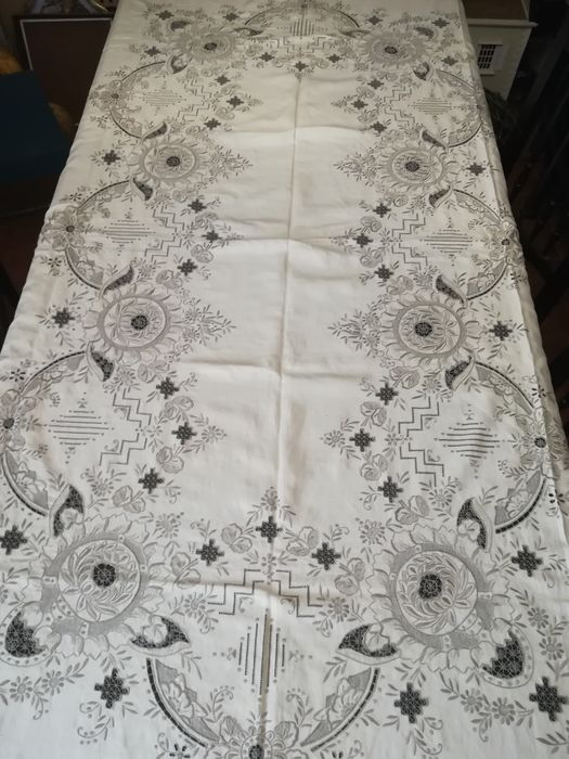 tablecloth, manual embroidery from Madeira island (7) - Linen