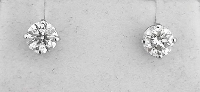 White gold - Earrings - Clarity enhanced 1.06 ct Diamond