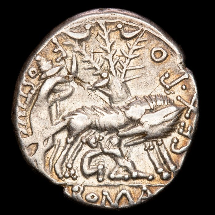 Roman Republic - Denarius -  Sex. Pompeius Fostlus. Rome mint, 137 B.C. She-Wolf and twins Romulo and Remo - Silver