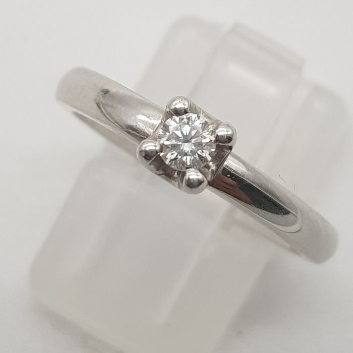 HRD Certificate - 18 kt. White gold - Ring - 0.12 ct Diamond