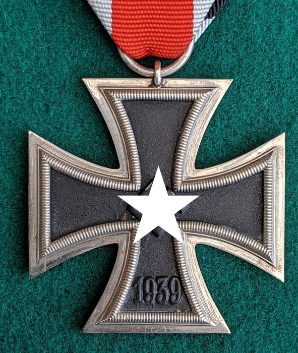 Germany - 1939 Cross 2nd Class  Unmarked - Made by Steinhauer & Lück (4) - Award, Badge, Medal, 1939 Eisernes Kreuz Klass 2 - Steinhauer & Lück 4