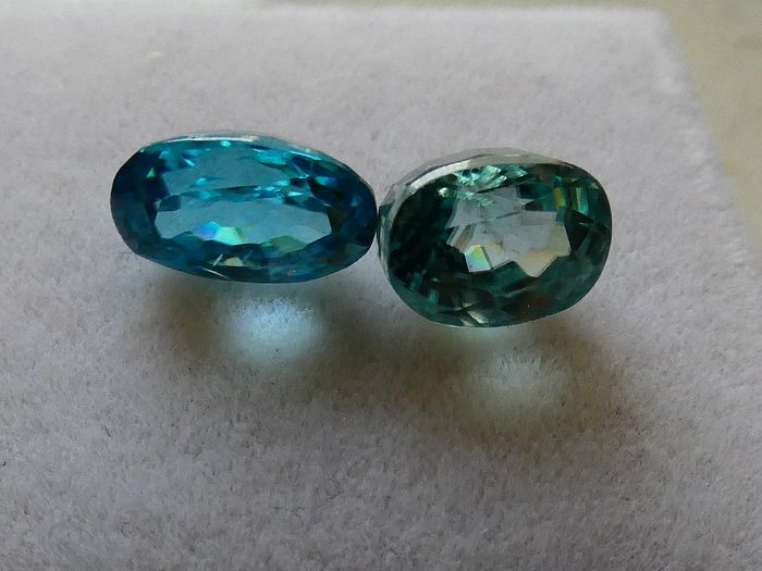 2 pcs Blue Zircon - 6.56 ct