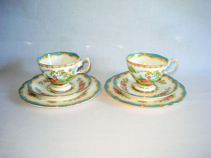 Chelsea Bird. - Royal Albert. Fine Bone China. - 2 cups and saucers with 2 breakfast plates. (6) - Victorian Style - Porcelain