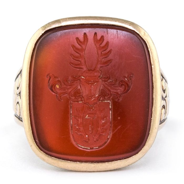 Authentic Antique Armourial - 14 kt. Yellow gold - Ring Carnelian Intaglio
