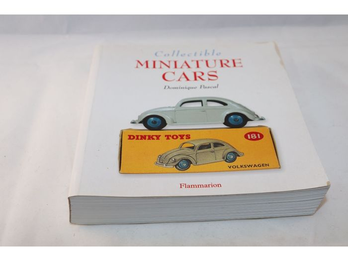 Collectible Miniature Cars - 1:43 - Fascinating book about the famous model car brands Dinky Toys, Corgi and Schuco
