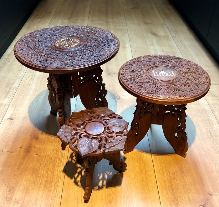Three decorated inlaid tables - Bone, Wood - India - mid 20th century