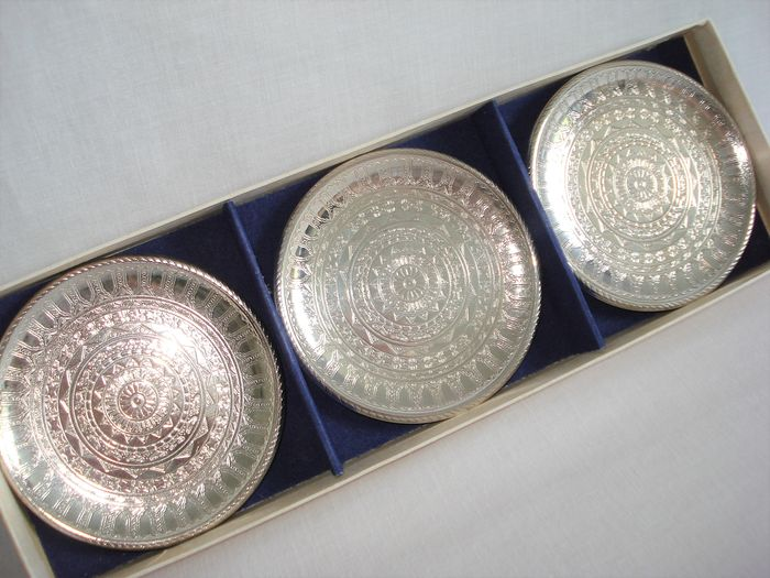 6 serving dishes with original packaging. (7) - Art Deco style - Silverplate