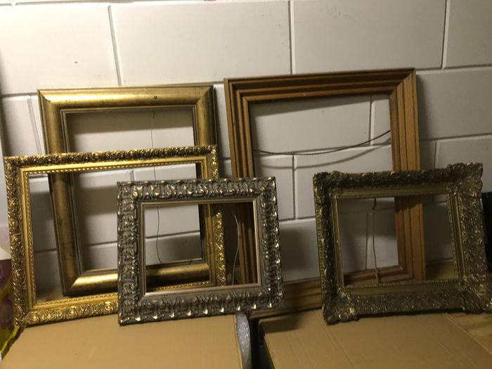 Five div picture frames - Wood