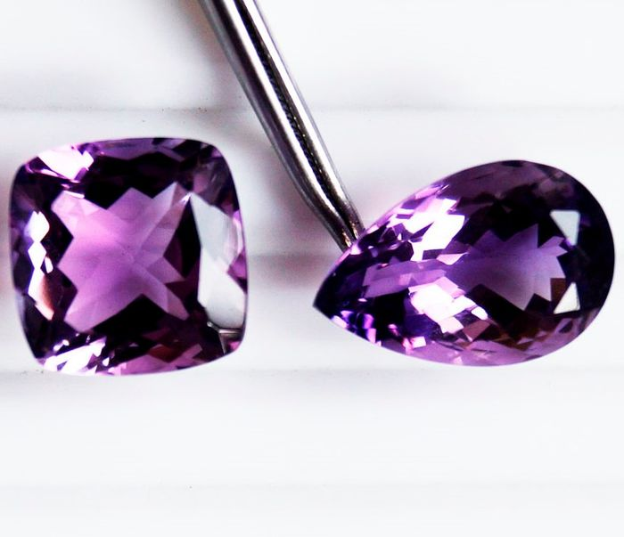 2 pcs Purple Amethyst - 27.30 ct