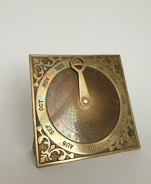 Perpetual Calendar - Brass - Yellow copper (partly patinated)