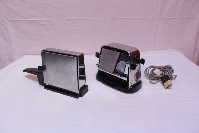 Lot of two vintage chromed Toasters, Kalorik & AEG - Steel