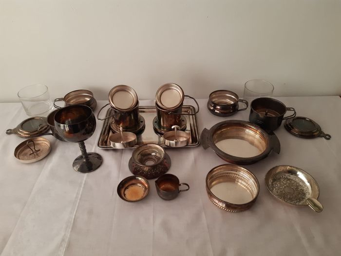 Beautiful 9 piece lot of silvered objects for the coffee - France - period around 1950 (9) - Silverplate