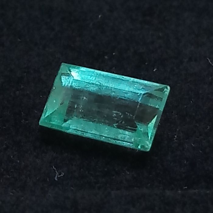 Light Green Natural Beryl, Emerald  - 1.39 ct