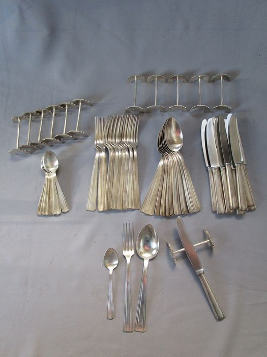 Art Deco Besteck - versilbert - vollständig - 12 people - 60 pieces - Menubesteck & matching knife rest - France - around 1920/1930