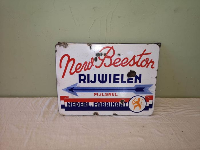 New Beeston - Langcat Bussum - Advertising board - Emaille