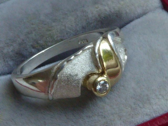 925 +   585 - Silver and Yellow Gold - Scandinavian Design ring with   white Sapphire
