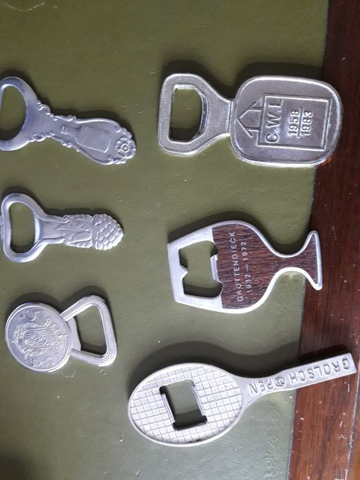 onbekend - onbekend - vintage bottle openers (6) - silver plated and steel