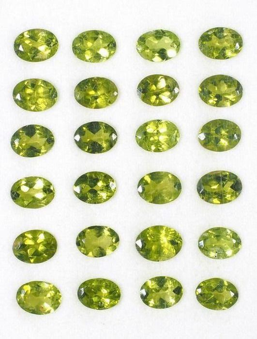 24 pcs  Peridot - 31.50 ct