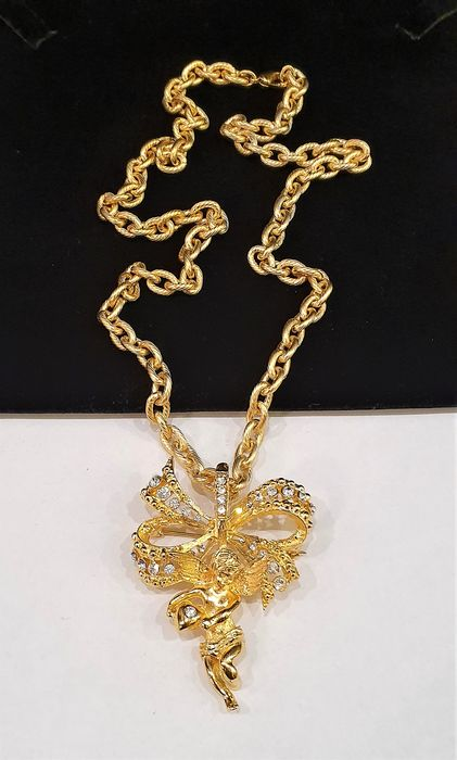 Camrose&Kross - Jackie Kennedy gold toned crystal - Necklace with Angel Brooch Pendant