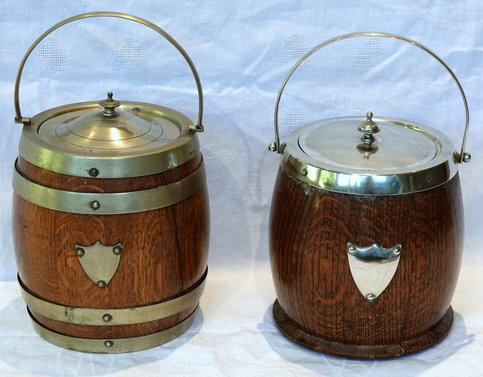 Two wooden English ice buckets with porcelain inner bowl - Porcelain, Silverplate, Wood