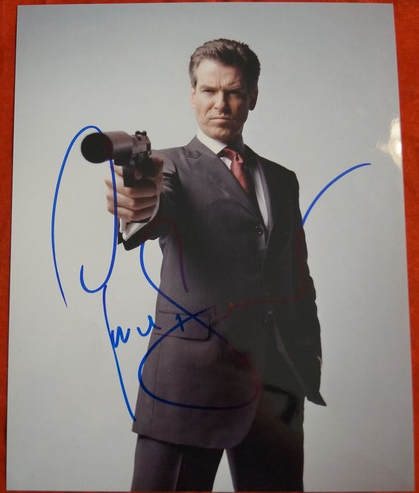 "James Bond 007 - Pierce Brosnan in ""Die Another Day""   - hand signed with COA  - Autograph, Photo"