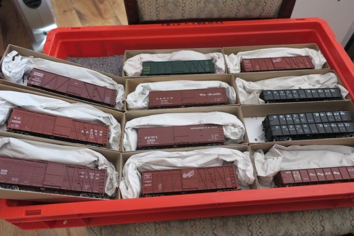 "Accurail H0 - Freight carriage - 12 x built kits 40 "" - diverse US Gesellschaften"