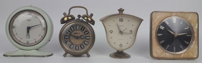 Selection of Vintage Mechanical Alarm Clocks - Brass - 20th century