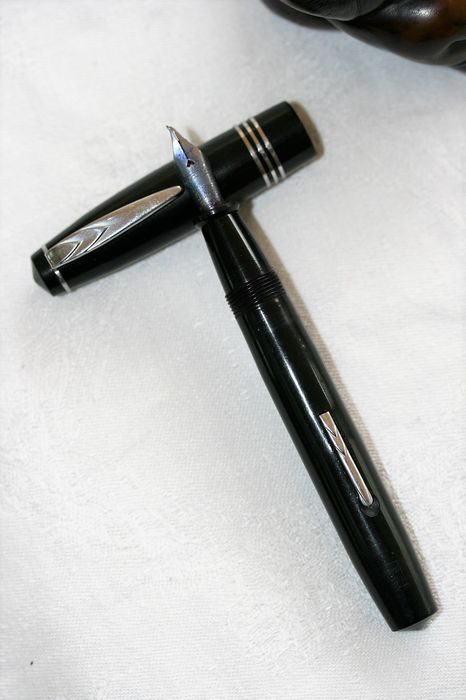 Superbe Excelsior 560 - Fountain pen