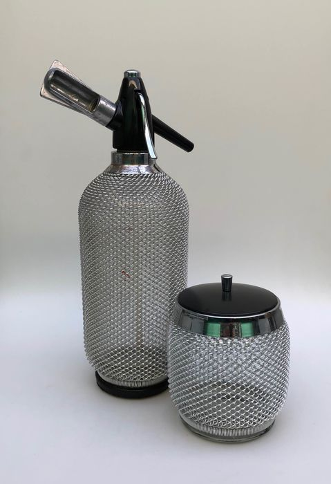 Spray water bottle and ice tray - Glass / metal