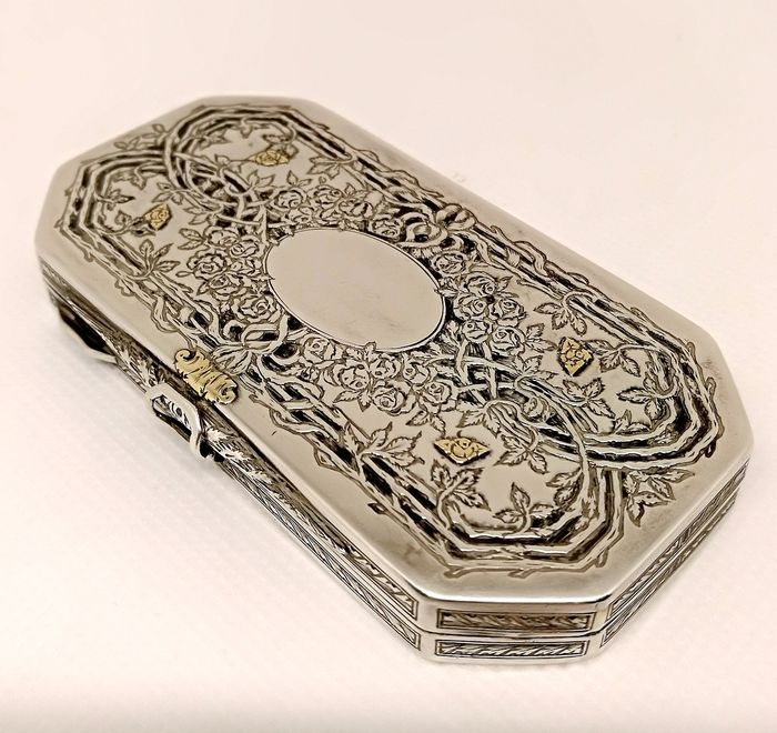 Superb 'Quality' Makeup Box - .800 silver, Gold, Niello - Italy - Early 20th century