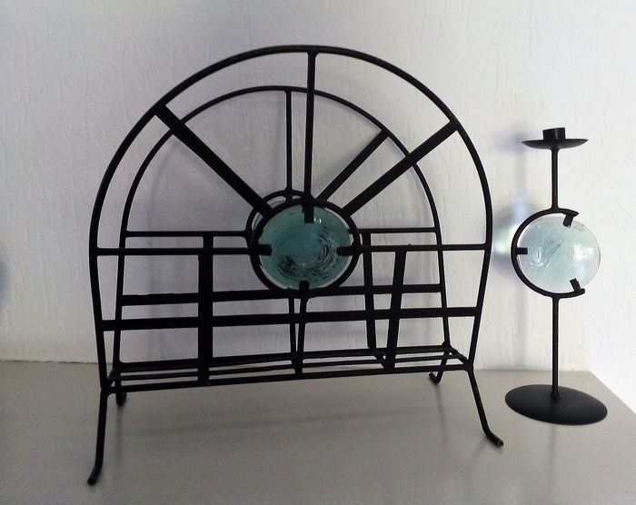Reading tray and candlestick in Black wrought iron with mouth-blown turquoise colored glass decoration - Abstract - Glass, Iron (cast/wrought)