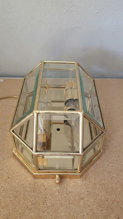 Heavy brass wall lamp - Brass, glass faceted
