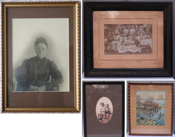 Four antique photo frames with print or photo - Glass, Wood