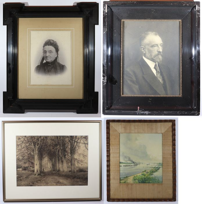 Four large wooden photo frames with antique prints and photos - Glass, Wood