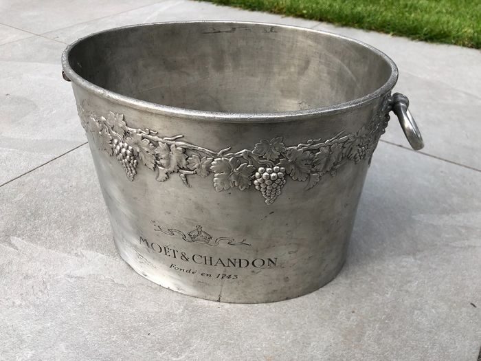 Moet & Chandon Champagne bucket fits 2 magnums