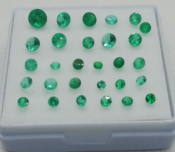 29 pcs Green Emerald - 2.60 ct