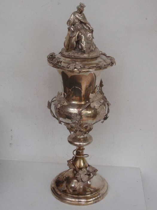 Goblet, Silver goblet or chalice with vines and saint - .833 silver - Van Kempen - Netherlands - 1872