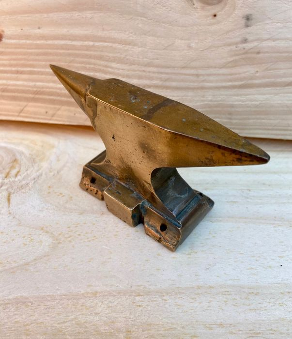 Jewelers Anvil - Bronze