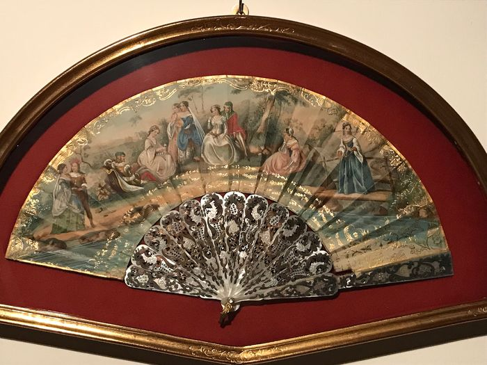 folding fan - Mother of pearl, Paper - Late 19th century