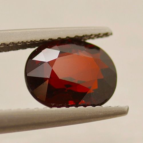 Red, * No Reserve Price * Garnet - 2.68 ct