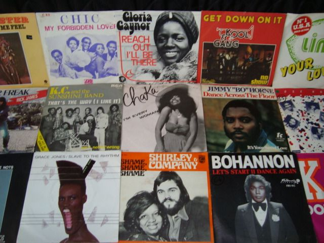 """Chic, Kool & The Gang, Gloria Gaynor, Heatwave, Donna Summer - Multiple artists - A Decade of Disco: The Greatest Classics on 7"""" Vinyl - Multiple titles - 45 rpm Single - 1975/1985"""
