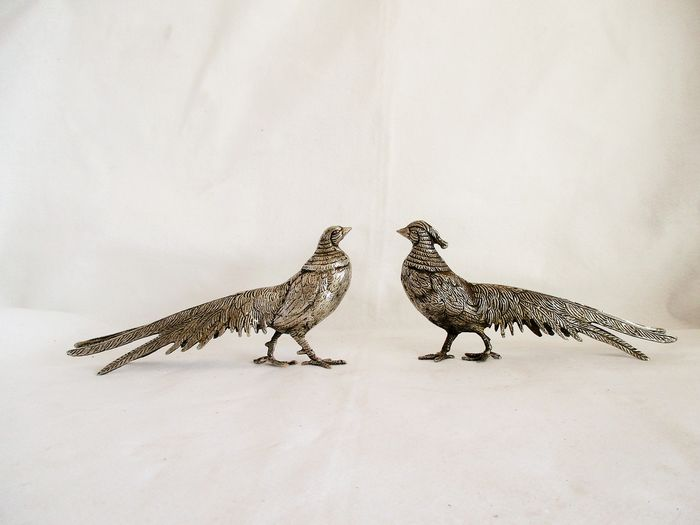 Decorative Couple of Pheasants  - Realist - Pewter, Silverplate
