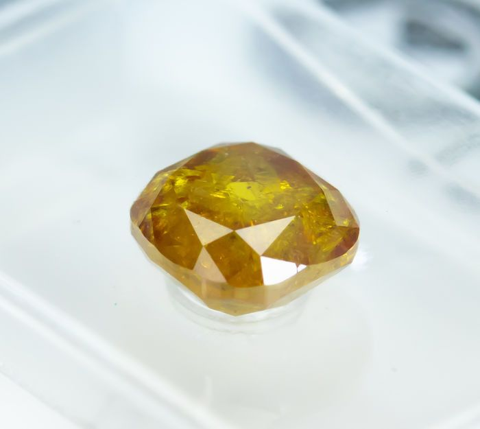Diamante - 1.28 ct - Cojín - fancy deep yellowish orange - I3 (low reserve price)